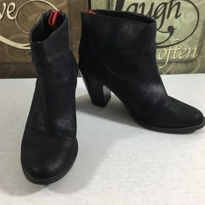 Mossimo Vegan Suede Leather Chunky Heel Ankle Boot